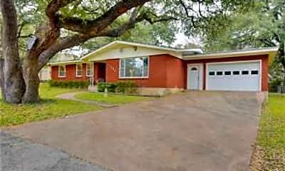 Building, 11904 Oakwood Dr, 1