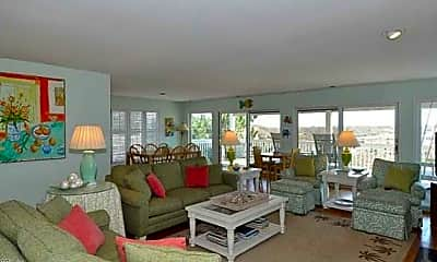 Living Room, 6606 Ocean Front Ave, 2