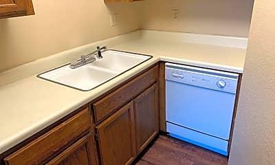 Bathroom, 2208 N Clifton Ave, 1