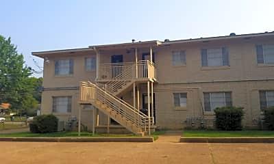 Oaks Apartments, 2