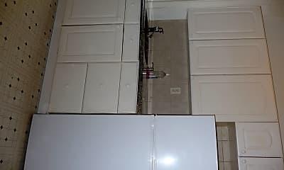 Kitchen, 4325 Sansom St, 1