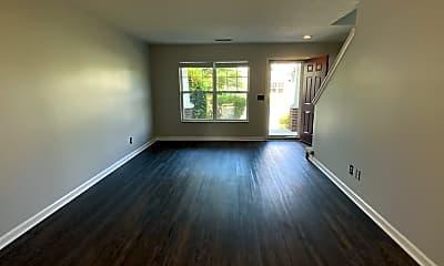 Living Room, 554 Flintlock Ct, 1