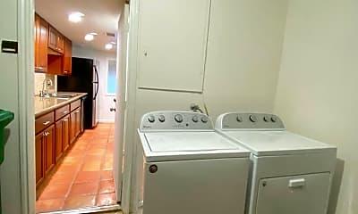 Kitchen, 3918 Mandell St, 2