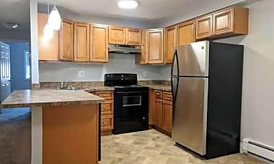 Kitchen, 455 Sea St, 2