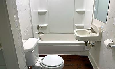 Bathroom, 2912 N Independence Ave, 2