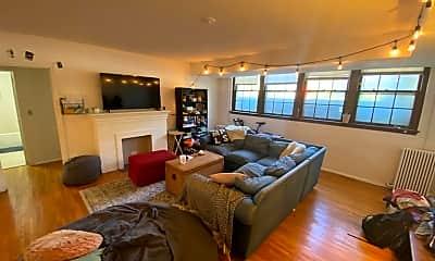 Living Room, 2825 Cedar Lake Pkwy, 2