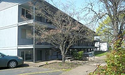 Campus Villa Apartments, 2