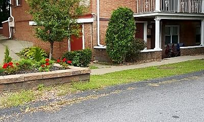 Wade Estates, 2