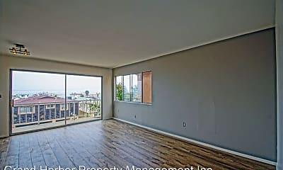 Living Room, 526 Manhattan Ave, 1