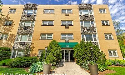 Building, 209 S Oak Park Ave, 0