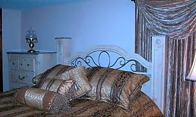 Bedroom, 277 N Highland Ave, 2