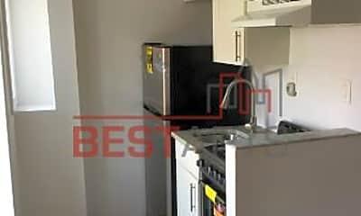 Kitchen, 60 W 8th St, 2