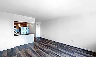Living Room, 229 Chrystie Street, Unit 1008, 2