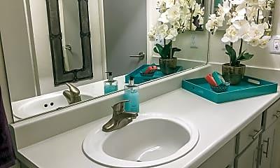 Bathroom, The Quinn, 2