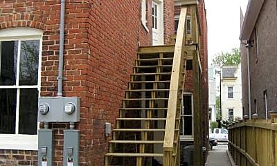 Building, 2608 W Main St, 2