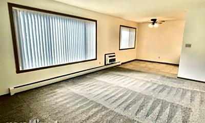 Living Room, 415 7th St S, 2