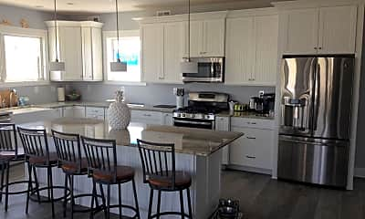 Kitchen, 25 Riverdale Ave, 2