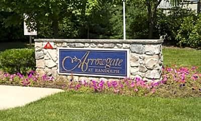 Arrowgate Village, 1