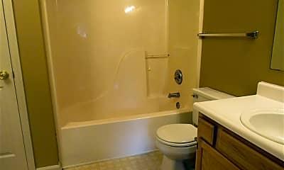 Bathroom, 3615 Hanover Dr, 2