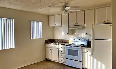 Living Room, 4086 Swift Ave, 1