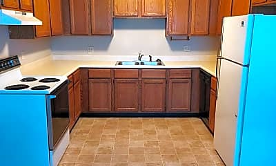 Kitchen, 2001 Tracy Dr, 0