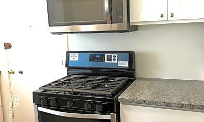Kitchen, 1423 W Cullom Ave, 1