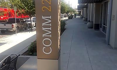 Comm 22 Family, 1