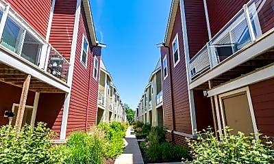 Building, 2650 N Humboldt Blvd, 2