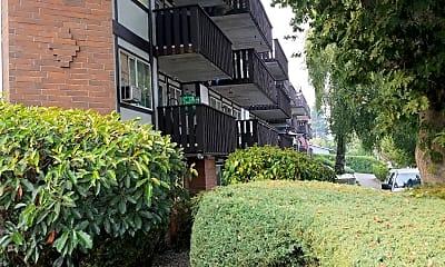 Stratford Heights, 2