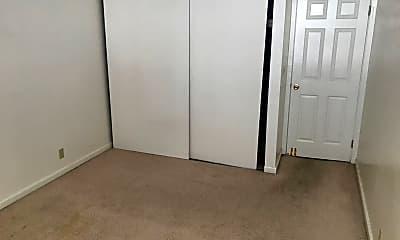 Bedroom, 2007 Halford Ave, 2
