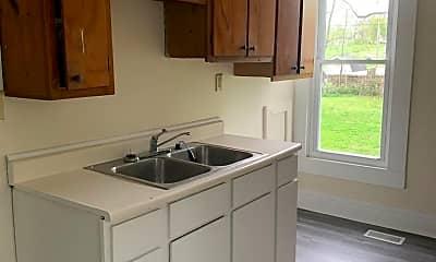 Kitchen, 1027 W Jefferson St, 2