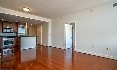 Living Room, 6820 Wisconsin Ave 6003, 0