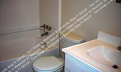 Bathroom, 3908 E Pikes Peak Ave, 1