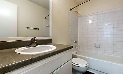 Bathroom, Bridges At Mallard Creek Apartment Homes, 2