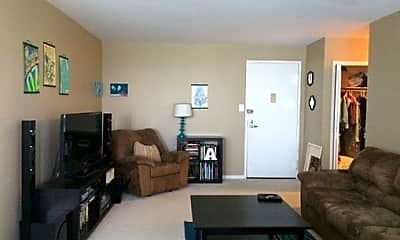 Living Room, 10401 Grosvenor Pl, 1