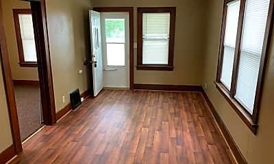 Living Room, 1310 Randall St, 1