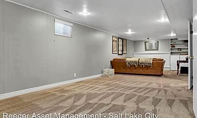 Living Room, 1619 S 35 E, 2