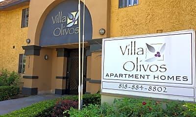 Villa Olivos, 1