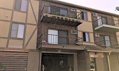 Building, 413 Kiowa Cir 103, 2