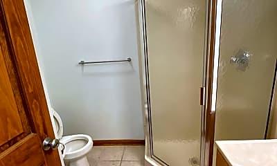 Bathroom, 130 N Campbell St, 1
