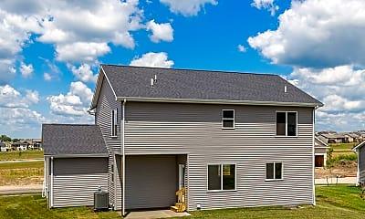 Building, 32 SE Pembrooke Ln, 1