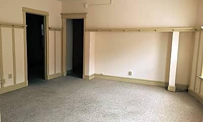 Bedroom, 2311 W Wisconsin Ave, 2