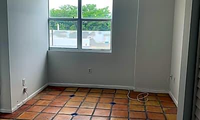 Kitchen, 1342 Drexel Ave, 2