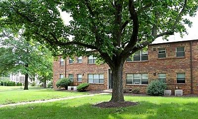 Building, Hampton Park & Mansions on the Park, 1