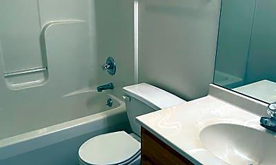 Bathroom, 1209 Colonial Ave, 2