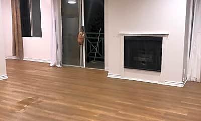 Living Room, 1342 N Detroit St, 0