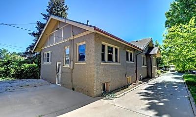 Building, 3177 Benton St, 2