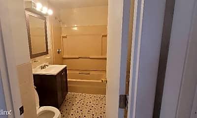 Bathroom, 8 Hastings St, 2