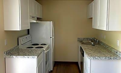 Kitchen, 1016 W 8th Pl, 0