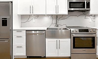 Kitchen, 156 E 48th St, 1